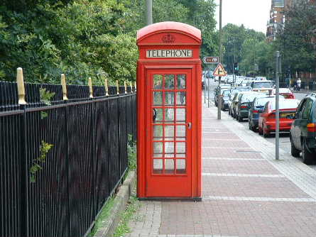 albertbridgeroadphonebox.jpg
