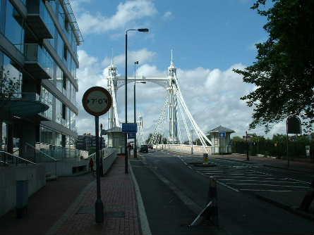 london2002-albertbridge2.jpg