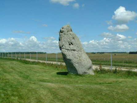 stonehenge29.jpg